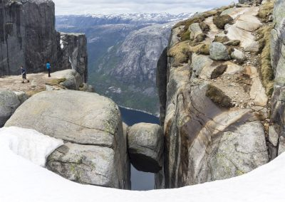 Outdoorlife-Norway_Kjerag-Preseason-Hike.20170522.16