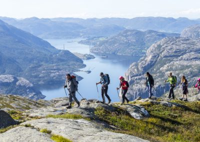 Outdoorlife-Norway_Preikestolen-Off-The-Beaten-Track.20170902.16