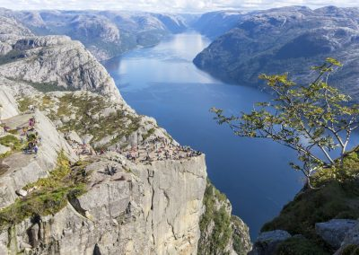 Outdoorlife-Norway_Preikestolen-Off-The-Beaten-Track.20170902.19