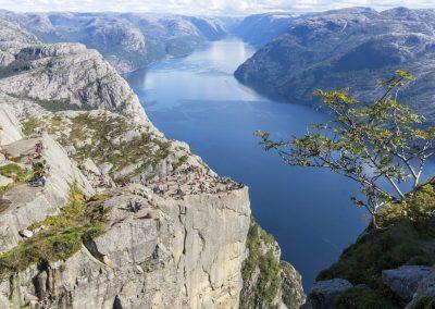Outdoorlife-Norway_Preikestolen-Off-The-Beaten-Track.20170902.19