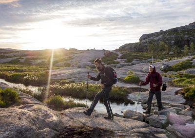 Outdoorlife-Norway_Preikestolen-Sunrise-Hike.20170701.24