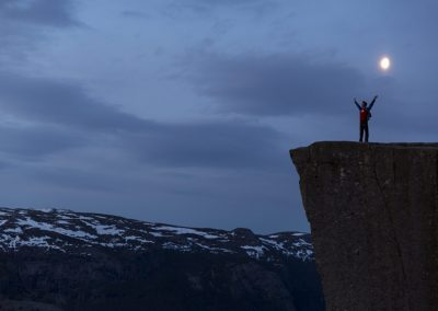 Outdoorlife-Norway_Preikestolen-Sunrise-Hike_160427.8