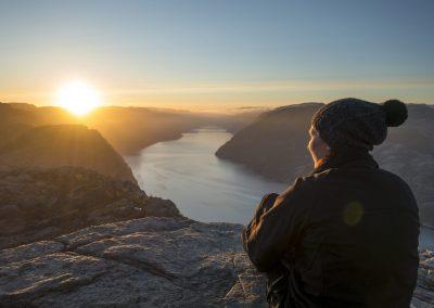 Outdoorlife-Norway_Preikestolen-Sunrise-Hike_160515.17a