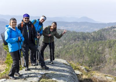 Outdoorlife-Norway_Spring-Hike-To-Preikestolen.20170409.37