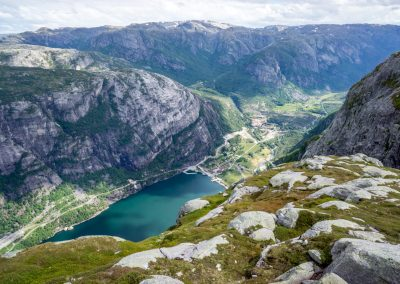 Outdoorlife-Norway_Summer-Hike-to-Kjerag_20160612-9