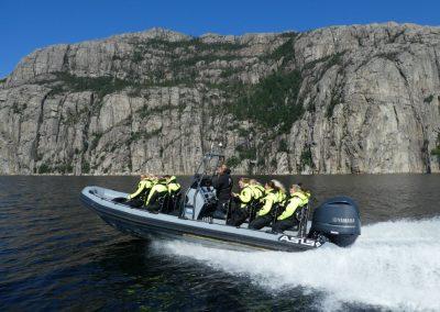 Fjord-safari-on-Lysefjord-1030x773