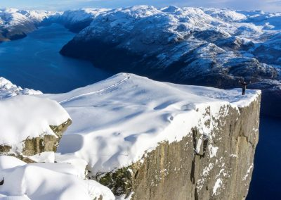 Preikestolen winter hike front