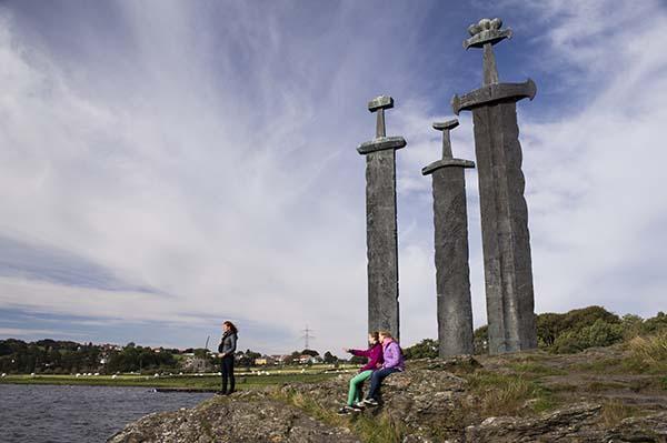 Sverd-i-Fjell-CH-visitnorway.com-1