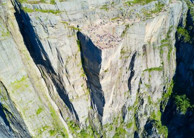 Helicopter sightseeing to Preikestolen