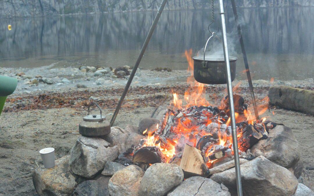 Kayak and fjord taste fire