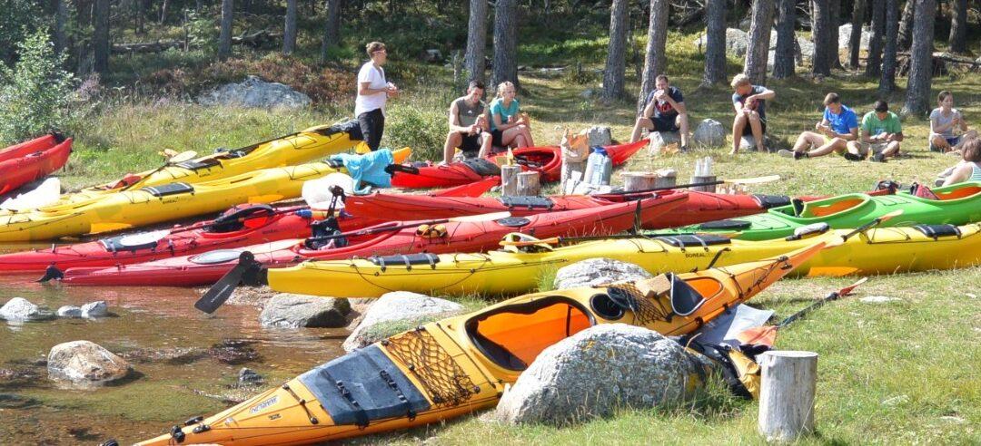 Kayak & fjord taste top