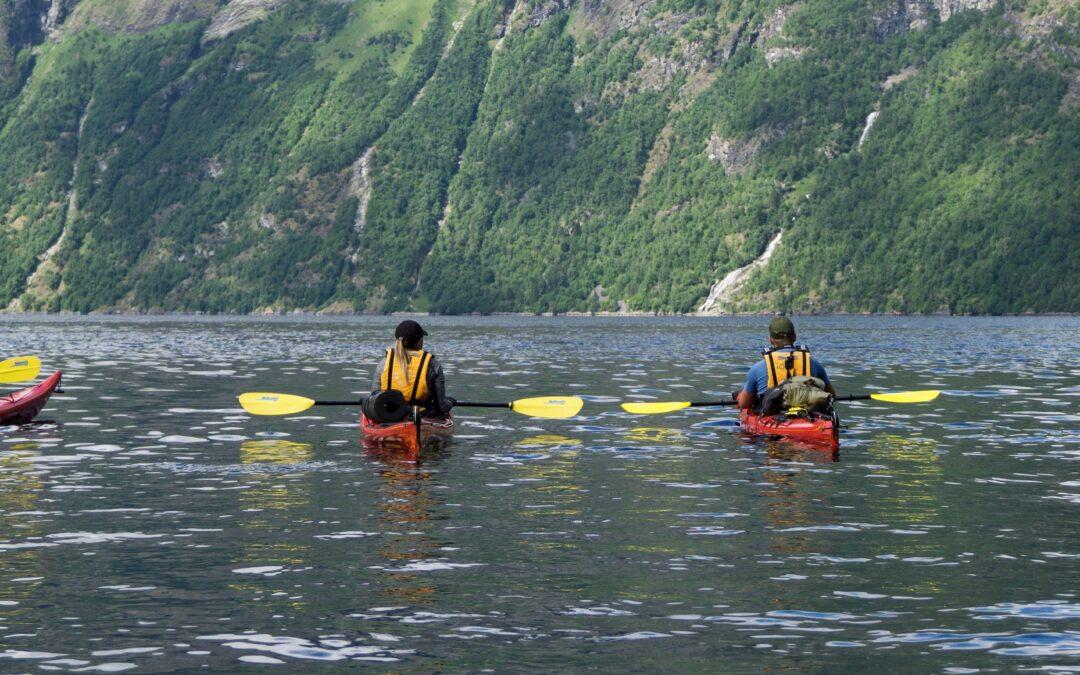 Kayaking_1191925768 – Narrow