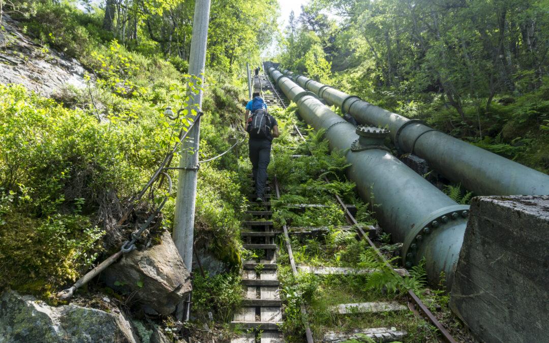 Outdoorlife-Norway_Florli-4444-Stairs-Hike_13