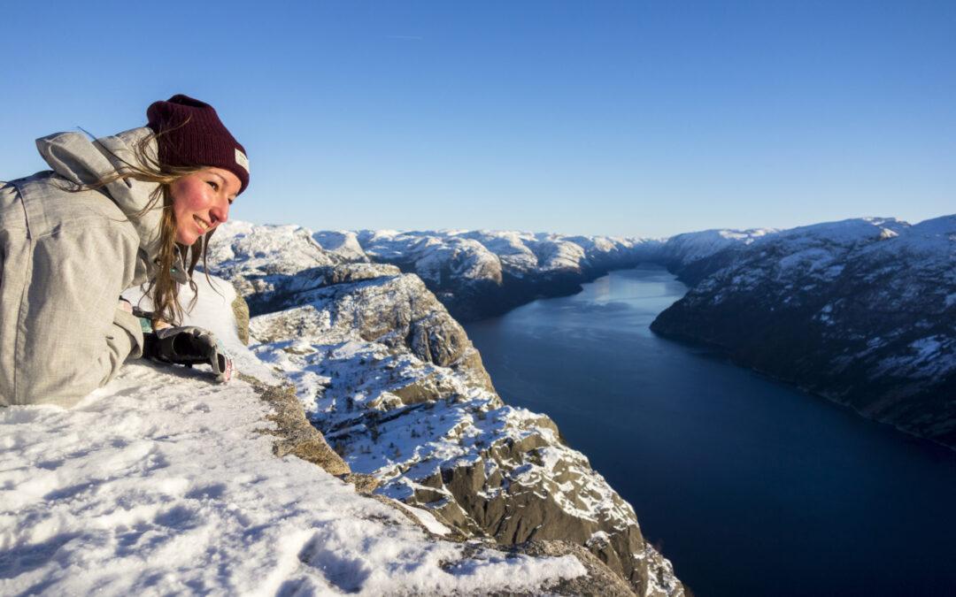 Preikestolen-Winter-Hike- happy